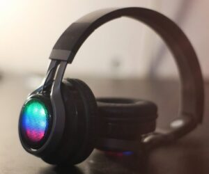 Wireless Headphones Under 2500 Rupees